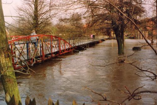 Wasser- und Bodenverband Uelzen - Projekt Regionales Netzwerk Hochwasser - Hochwasser der Ilmenau